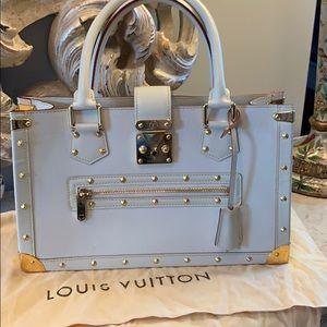 Exquisite Louis Vuitton Suhali Le Fabuleux handbag